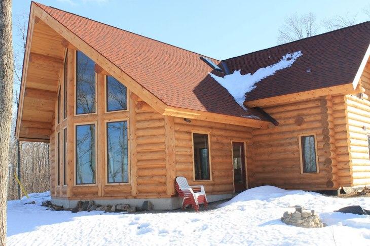 View Deer Run Log Home on Mount Pakenham