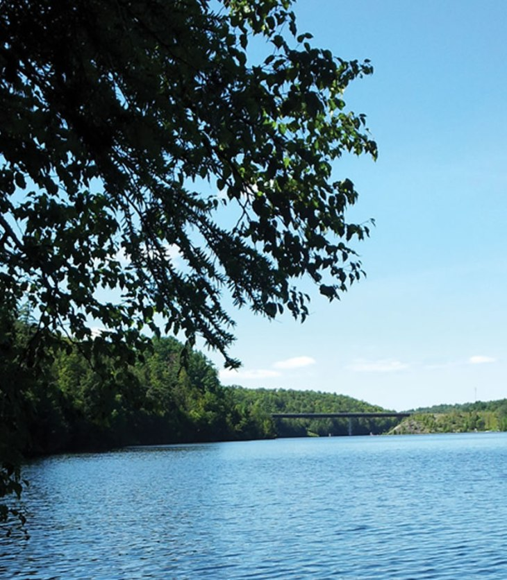 Waterfront lots for sale just west of Ottawa