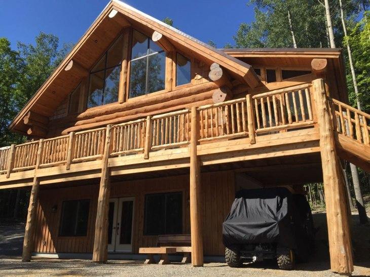 Calabogie rustic log cabin - learn more
