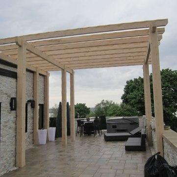 ontario-timberframe-building-construction_pergola