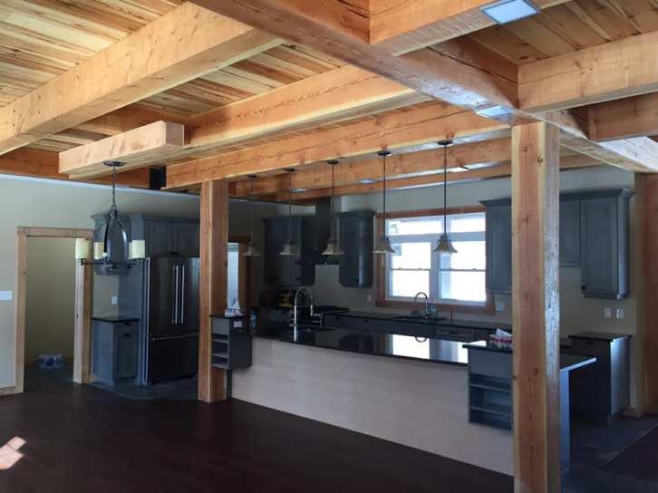 ottawa-custom-timberframe-home-kitchen